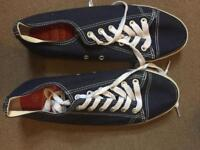 Adult converse style shoes size 8 as new