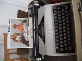 Vintage Olympia SM9 (1966) Portable Typewriter and Case