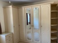 Free Fitted wardrobes