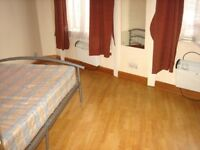 INCLUDES BILLS! WELL LOCATED GREAT VALUE SUPER 1 BEDROOM FLAT BY ZONE 2 TUBE, 24 HOUR BUSES & SHOPS