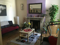 013M-Bounds Green -TWO BEDROOM FLAT IN VERY GOOD LOCATION - £335 WEEK