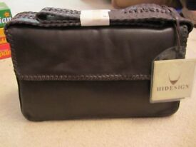 Brown Hidesign Handbag with shoulder strap