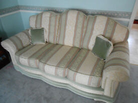 3 piece suite with ottoman - Excellent condition - Absolute bargain must be seen