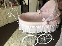 Wicker Crib
