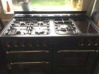 Leisure range master cooker half gas half electric