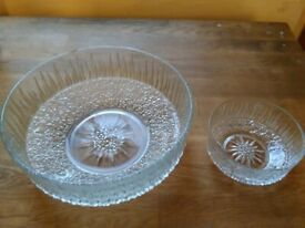 Pretty cut-glass trifle + bowl set