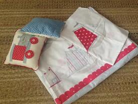 Cath Kidston single bed cover /pillowcase and 2 cushions