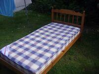 excellent condition single mattress