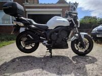 Yamaha FZ6n S2 in the best colour White with red strip