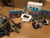 Nintendo Wii U 8GB with 14 games + Skylanders