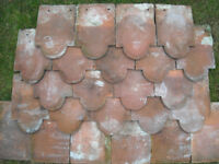 Kent Peg roof tiles – 80 x BULLNOSE ( Club ) & 190 x Plain * OPEN TO SENSIBLE OFFERS