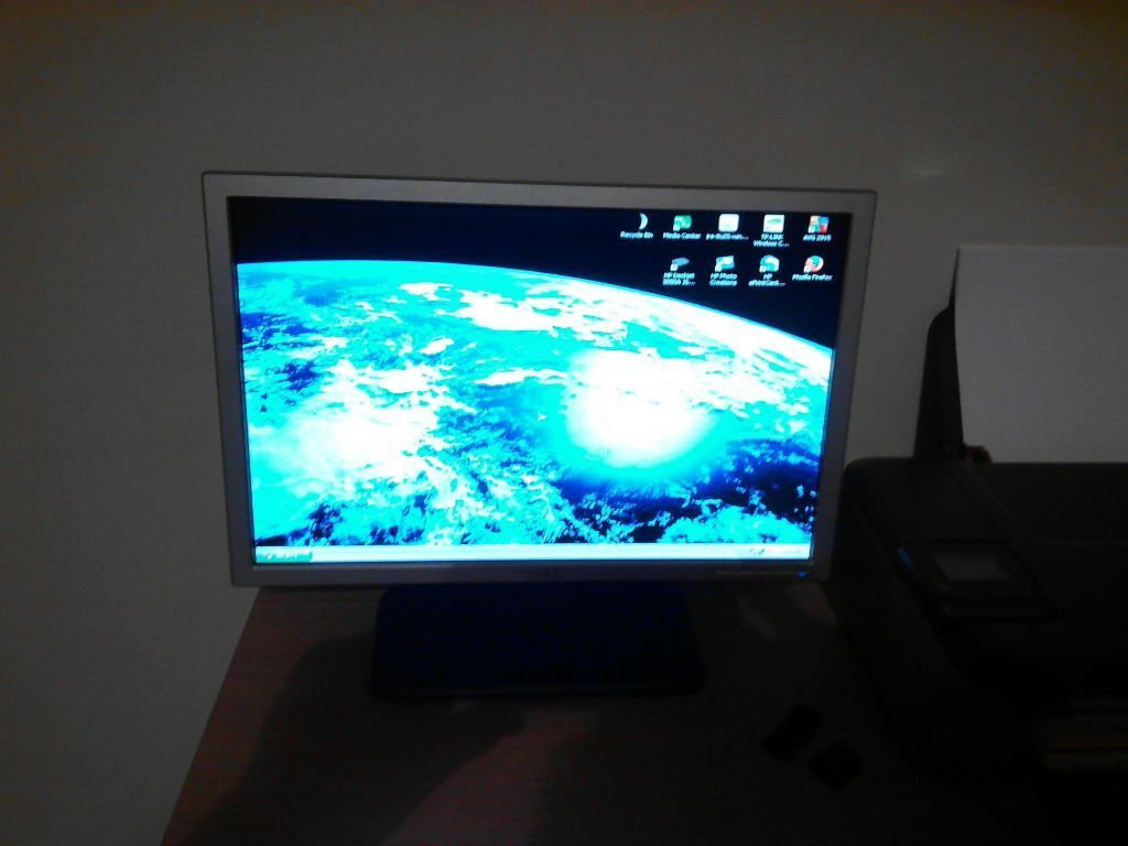 Dell 19 Inch Pc Monitor In Peterlee County Durham Gumtree