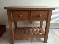 LARGE SOLID PINE BUTCHERS BLOCK/KITCHEN ISLAND, 4 CM THICK SOLID PINE TOP, 2 DRAWERS & WINE RACK