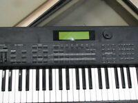 Roland XP90 for sale! Excellent Condition