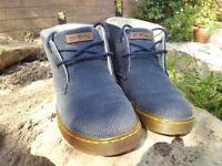 Dr Martens mens Mayport shoes size 7