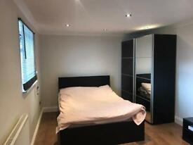 1 Bed Luxury Studio Apartment, Fully Furnished, ALL BILLS INCLUDED £995 PCM