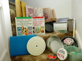 LOTS OF QUALITY CAKE DECORATING ITEMS