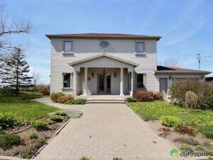 279 000$ - Maison 2 étages à vendre à Ste-Flavie