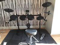 Electronic drum kit - Alesis DM6