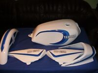 YAMAHA RD350lc Fuel tank side panels tail and fender