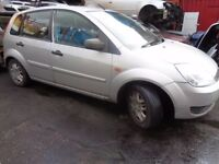 BREAKING FORD FIESTA MK6 SILVER 2004 - ALL SPARES AVAILBLE - DOOR? WING? BUMPER? TAILGATE? LIGHTS?