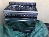 Gas cooker , two gas bottles