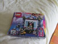 Lego - Friends - 41117 - Levi Pop Star - Age 6 to 12 yrs