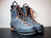 Salomon Super Mountain 9, UK9, EU43 1/3, B3 Mountaineering Boots