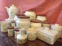 Hornsea Fleur Design ceramics set.