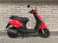 Piaggio Zip 49cc 2012 Red with free Oxford chain and lock, disc brake alarmed lock and helmet
