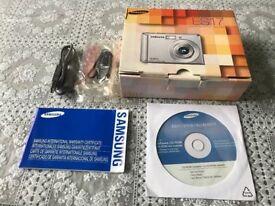 Samsung ES17 Digital Camera £40