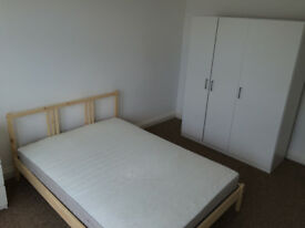 Beautiful Double Bedroom available at Liverpool Street