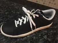 Brand new Nike tennis classic trainers size 9
