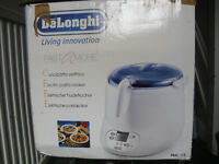 Delonghi Pasta Cooker Brand new with box