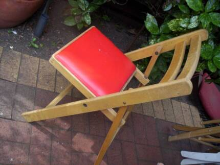 Outdoor Timber Folding Chair Red Seat