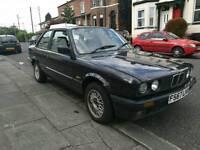BMW E30 318i Coupe