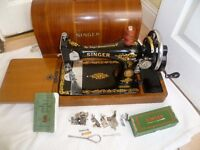 Immaculate decals 1953 Vintage Singer 128K Sewing Machine Hand Crank