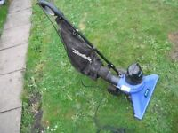 leaf vacuum and blower with bag £50.00