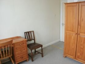 3 furnished double rooms £65/£70pw inc bills drewry lane5 mins town/law uni friargate