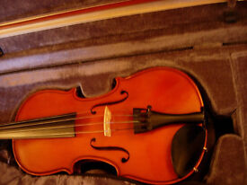 1/2 size violin -Stentor Conservatoire: top-of-the-range , as new condition at 1/2 RRP (£309)