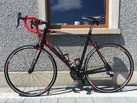 Giant Defy 1 road bike (Brand New) 'Large' ( 55.5cm) frame. Ridden 10 times, shop condition