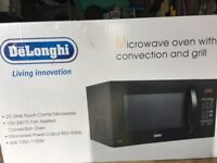 Combination Microwave Oven & Grill - DeLonghi
