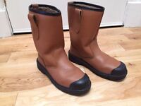 Brand New Fleece Lined Safety Rigger Work Boots (UK Size 10 / EU 44)