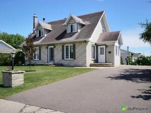 187 900$ - Maison 2 étages à vendre à Dolbeau-Mistassini