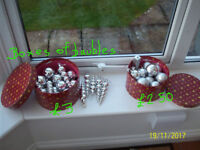 9 SETS OF CHRISTMAS DECORATIONS.SOME IN BOXES
