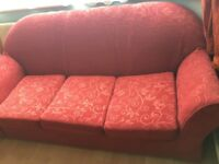 3+1+1 SEATERS SOFA SET IN CLEAN AND STAIN FREE