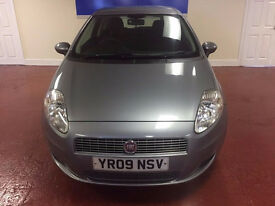 2009 FIAT GRANDE PUNTO,DIESEL,ONLY £30 A YEAR TAX,SEXY LITTLE ITALIAN WITH FLARE AND RACY GOOD LOOKS