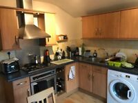 ONE BED FLAT, LOCATED JUST A FEW MINUTES DRIVE FROM MAIN GREENWICH UNIVERSITY AND TOWN CENTRE.