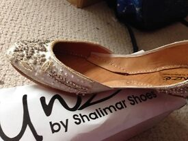 Khussa/Asian shoes