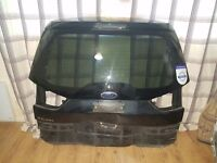 Ford Galaxy boot door and bumper